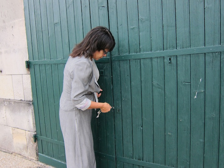 Catherine Vallet Opening The Door To Paradise