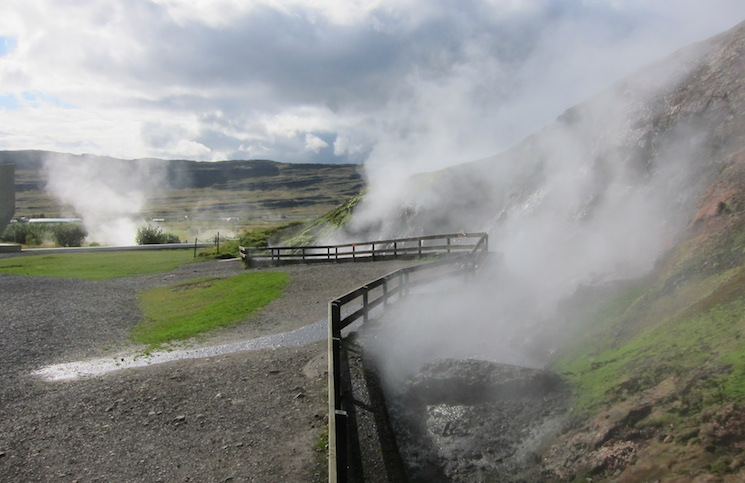 Hot Springs Used To Generate Power