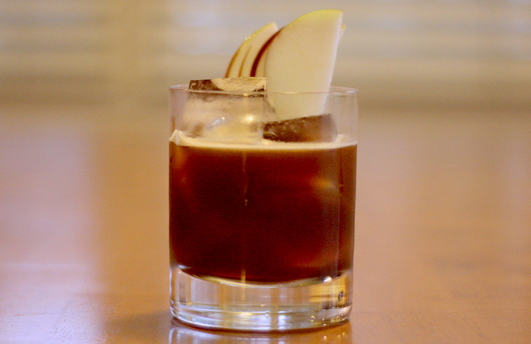 Mott and Mulberry Cocktail